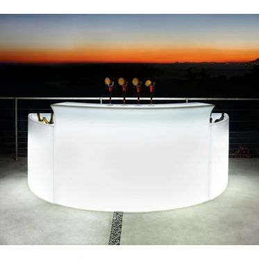 Décoratif et original ce bar diffuse une lumière d'ambiance tamisée très agréable. Avec le Break bar lumineux associé à l'Ice bar, vous créez une ambiance très contemporaine pour vos soirées branchées ou vos événements. Marque Slide, made in Italy.