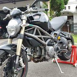 INFO MOGE BEKAS : Dijual Moge Ducati Monster 1100 Evo ABS
