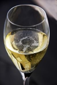 Food: Champagne Info #4: Sparkling Wine vs. Champagne #kitchenparty | My Word with Douglas E. Welch