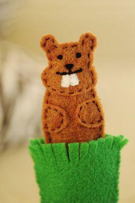 Groundhog Day Finger PuppetDiy Ideas, Felt Crafts, Ground Hog, Quiet Book, Kids Ideas, Felt Fingerpuppets, Fingers Puppets, Finger Puppets, Groundhog Day