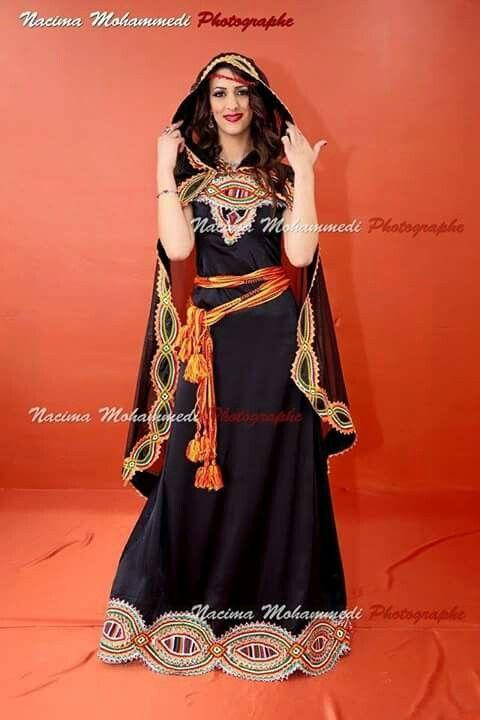Les 352 meilleures images du tableau les robes for Maison kabyle moderne