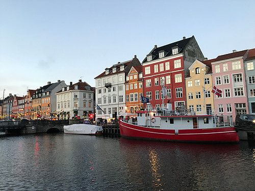Nyhavn, Copenhagen, DK. Taken by Bennie from Bennie's travel blog.