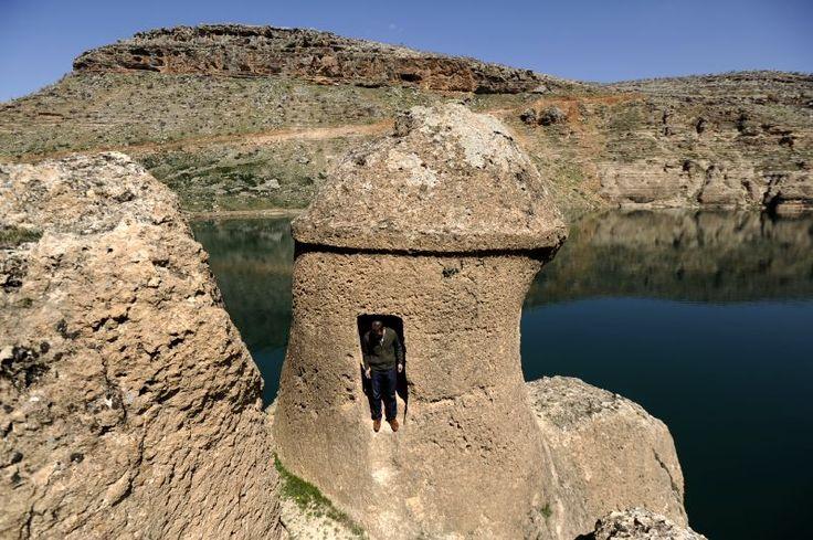 Asur kral kaya mezarları/Eğil/Diyarbakır///