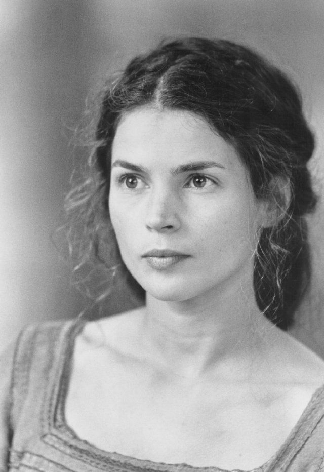 "Acress Julia Ormond, the ""inspiration"" for Rachel Brenneman of The Riverhaven Years"