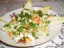 Rețetă Salata de avocado cu telina, morcovi si andive