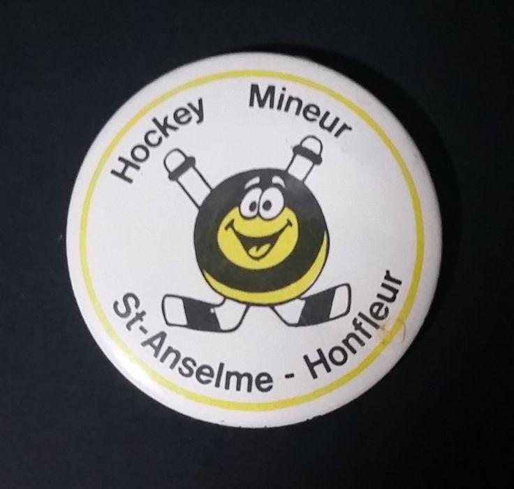 1980s Saint Anselme - Honfleur Quebec Minor Hockey Puck Character Button Pin https://treasurevalleyantiques.com/products/1980s-saint-anselme-honfleur-quebec-minor-hockey-puck-character-button-pin #Vintage #1980s #80s #StAnselme #Honfleur #Quebec #Canada #French #Canadian #MinorHockey #Hockey #Sports #Collectibles #Puck #Characters #ButtonPins #Pins #Collectables #BuyNow