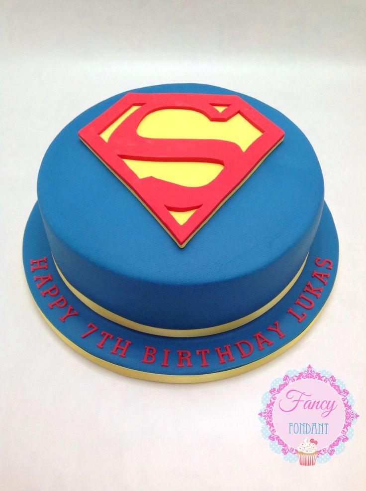 A Superman cake by Fancy Fondant