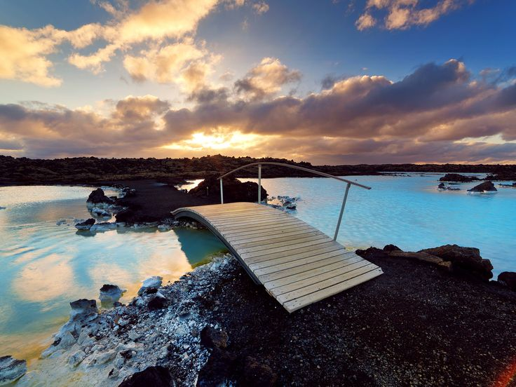 The 25 best ideas about blue lagoon hotel on pinterest for Blue lagoon iceland accommodation
