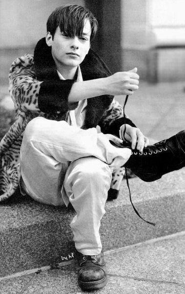i will always have a crush on young Edward Furlong