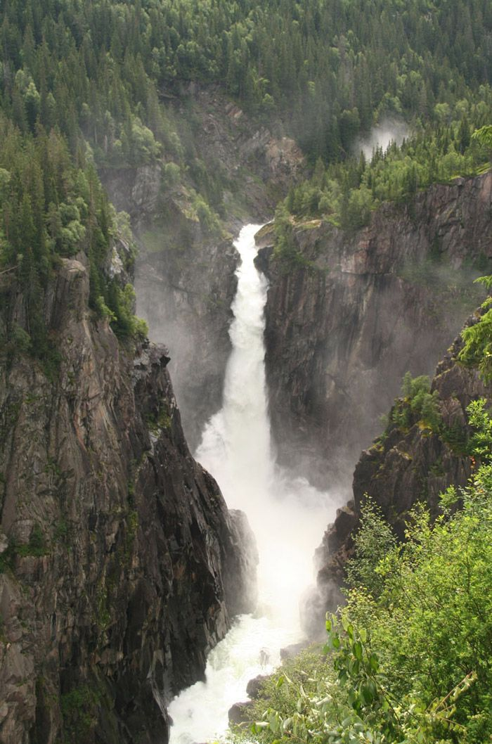 Famous Waterfalls and Places in Norway - Rjukanfossen
