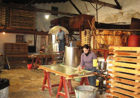 patounis.gr natural soap makers since the 19th century