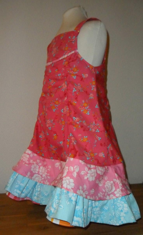 Met de stofjes van Eline Pellinkhof kun je ook super leuke jurkjes maken.