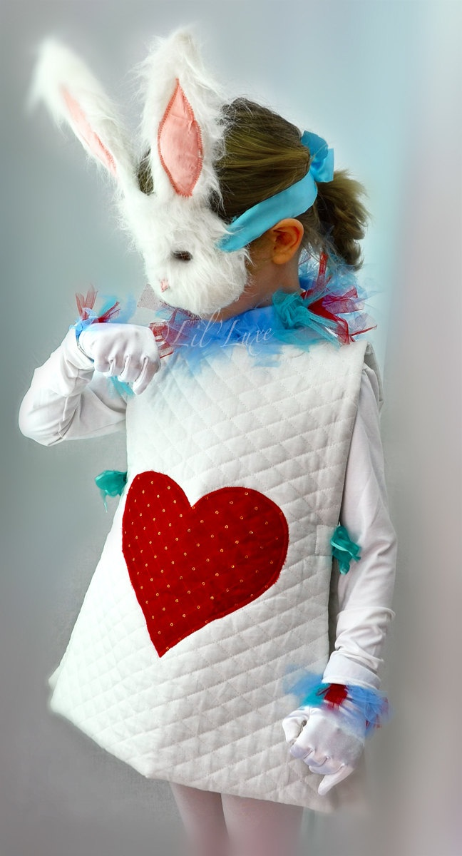 White Rabbit Halloween Costume & Mask from Alice and Wonderland for Children.