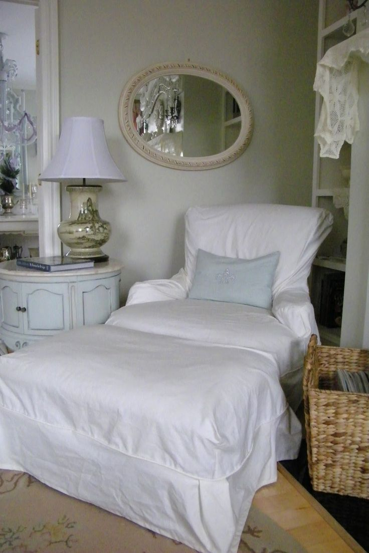 Shabby Chic Bedroom Chair 17 Best Images About Confort Seating On Pinterest Shabby Chic