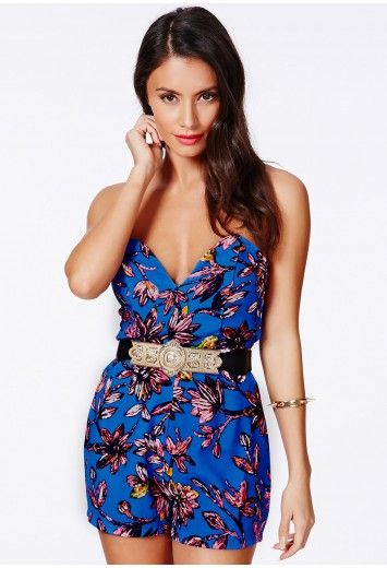 Make a style statement in the S/S'14  in this beaut #bandeau #playsuit. It features slight boning in the cups for shaping to create that dream silhouette. We love its bold print and #belt which gives a glam finish. Dress up or down with either killer heels or retro inspired jelly shoes to complete the look. #Missguided, search for the Daveney Floral Bandeau Playsuit With Belt!