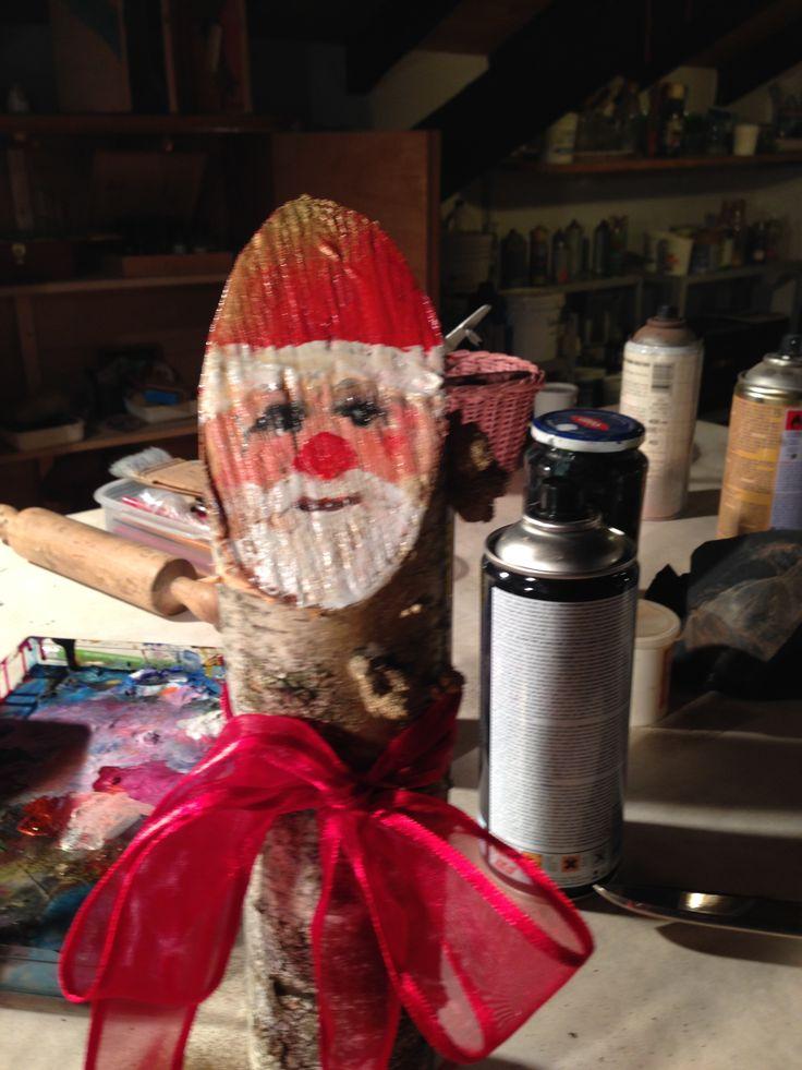 Legno tronco Babbo Natale -Wooden trunk Santa Claus crativity guy Angiola Tremonti
