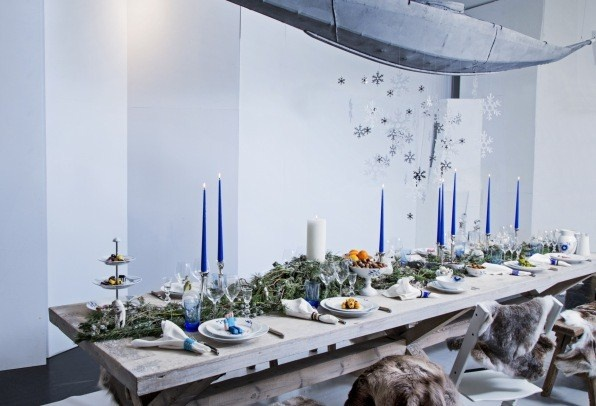 Atmospheric Christmas interiors and decorations.