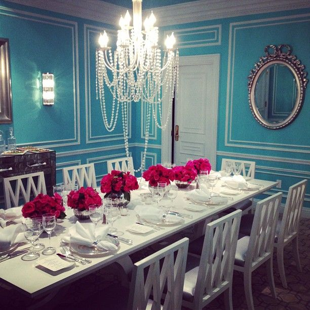 OMG LoVe This Dining Room! Tiffany Blue ...