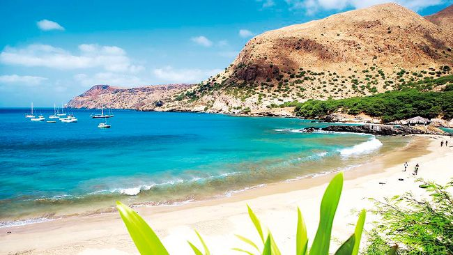 Cape Verde is popular with holidaymakers as the climate is stable all year across. The cooler season is actually around January. That said the temperature hovers around 24-25c during this time which is just nice.