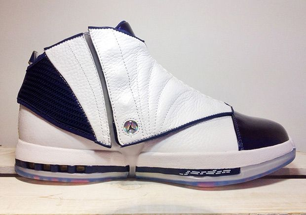 The Air Jordan 16 Midnight Navy will release this December 22nd for $250 USD in…