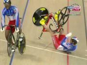 Gregory Bauge Stays Upright After Crashing His Bike - #Bicycle #racing #impressive #GregoryBauge