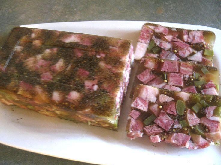 Schweinskopfsülze mit Kräutern, ein beliebtes Rezept aus der Kategorie Schwein.