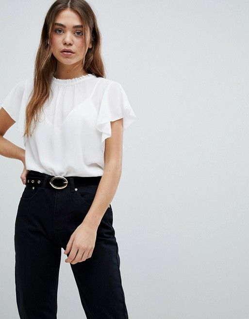 b0fa28b6e7855 Boohoo basic frill sleeve blouse in white | Outfit | Blouse, Shirt blouses,  Sleeves