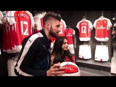 Olivier Giroud on why he chose the number 12 shirt at Arsenal (Video)