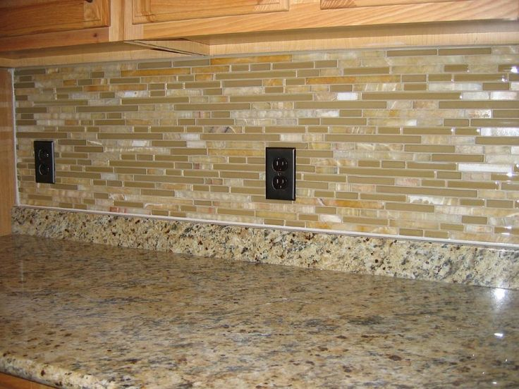 Gl Pencil Tile Kitchen Backsplash Ideas