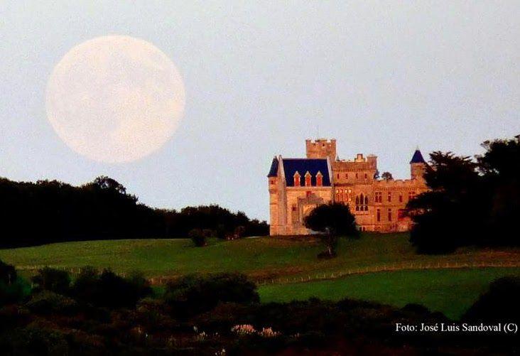 Cuando hay luna llena las personas duermen 20 minutos menos    La luna llena hace dormir 20 minutos...