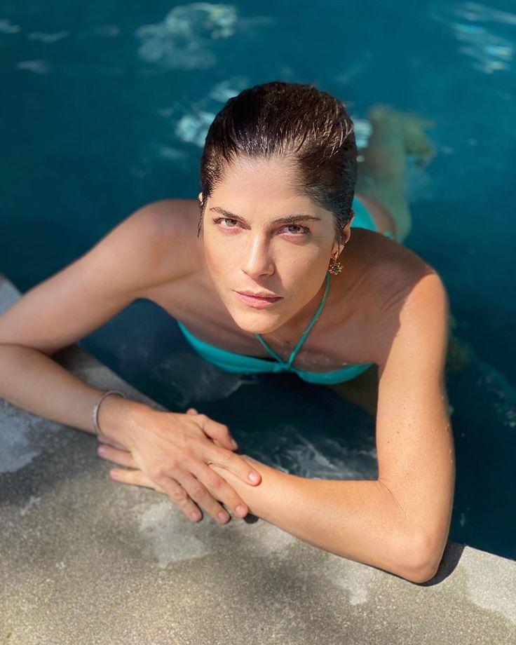Celebrity Selma Blair Nude Scene Storytelling Pics