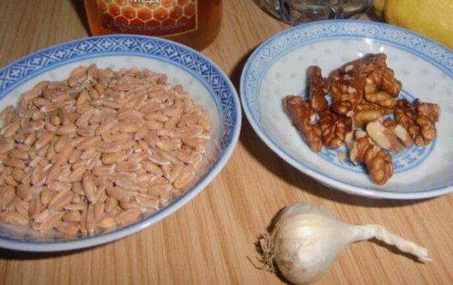 Bulharský profesor zveřejnil přírodní recept -  4 polévkové lžíce za den a rakovina je pryč!