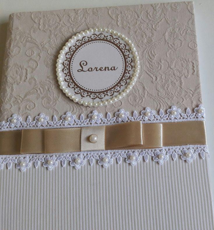Estojo de caderno e caixa decorado conforme o seu gosto. O caderno pode ser com as folhas pautadas ou não( fica a seu critério) São 100 folhas .