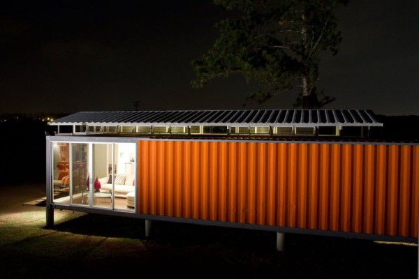 house made of containers in Costa Rica