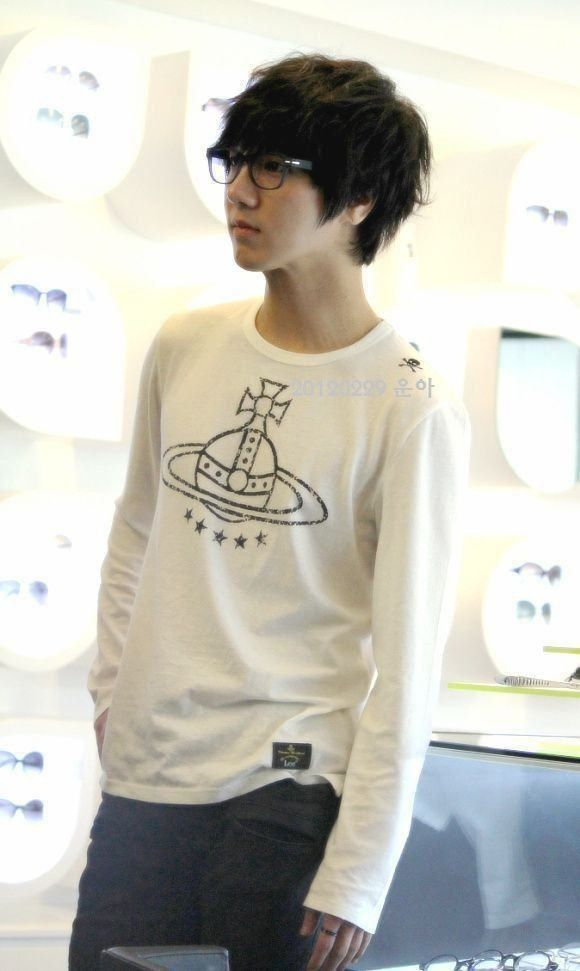 SUPER JUNIOR Kim Jongwoon/Yesung Come visit kpopcity.net for the largest discount fashion store in the world!! #ILoveSuperJunior