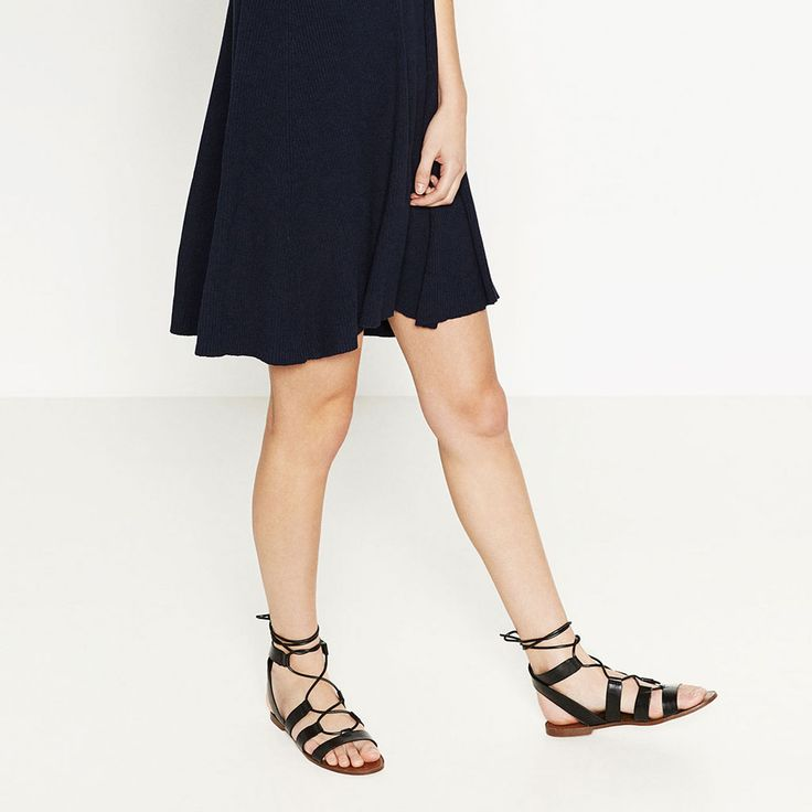 LACE-UP FLAT SANDALS-Flat sandals-SHOES-WOMAN   ZARA United States