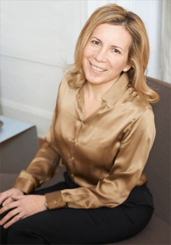 Angelica Kavouni is one of the most respected female plastic surgeons in the UK, she uses MACOM garments for her patients