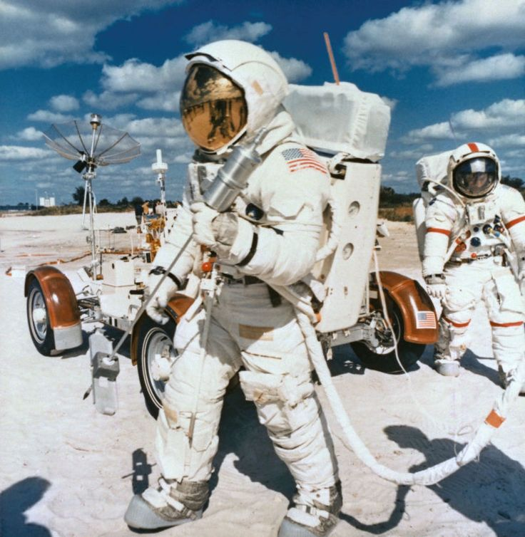Best 25+ Apollo 16 ideas on Pinterest | Astronauts on the ...
