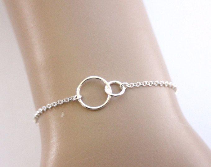 Bracelet anneaux entrelacés en argent massif de style minimaliste - bracelet fin en argent - bracelet femme - bracelet cercles en argent