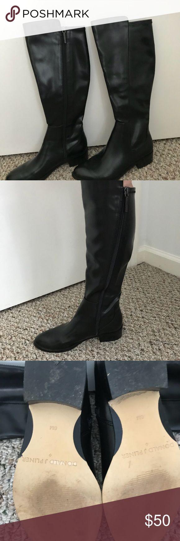 Donald Pliner Faux Leather Boots SZ 6 Faux leather boots