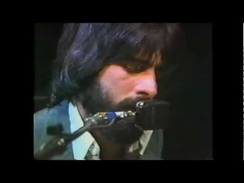 ▶ The Doobie Brothers - It Keeps You Runnin' [Live  On Soundstage In Chicago, IL - from The Livin' On The Fault Line Tour 1977] ~j