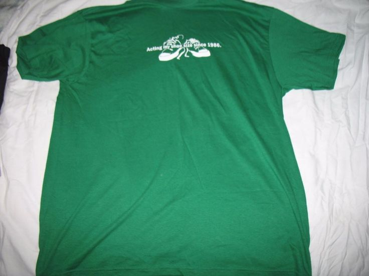 "Men's T-shirt, 'acting my shoe size since 1986"", green, XL #proweight #GraphicTee"