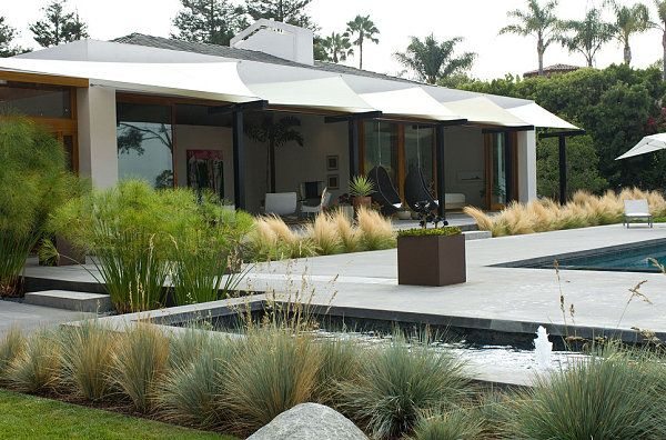 Clearly defined areas in a modern landscape Modern Landscape Design Tips for a Manicured Yard