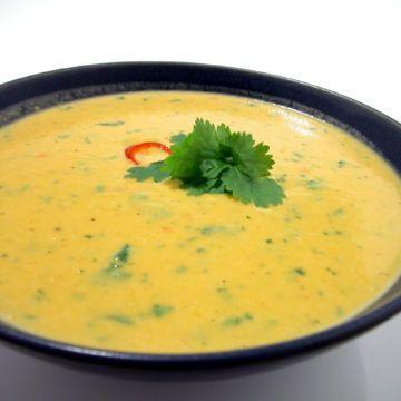 Soppa med sötpotatis och kokosmjölk