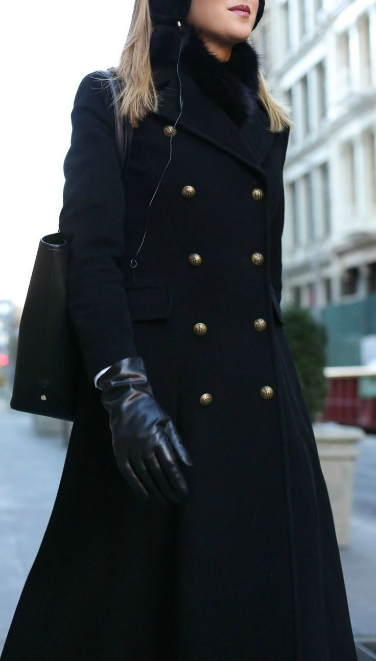 WORKING GIRL WINTER COMMUTE ESSENTIALS // 5 GAME-CHANGERS YOU NEED!  Black wool coat, earmuff headphones, leather tech gloves, waterproof footwear, fur stole {Black Friday, Black Friday sales 2017, best of Black Friday, Cyber Monday 2017, Cyber Monday sales, fashion blogger, classic style}