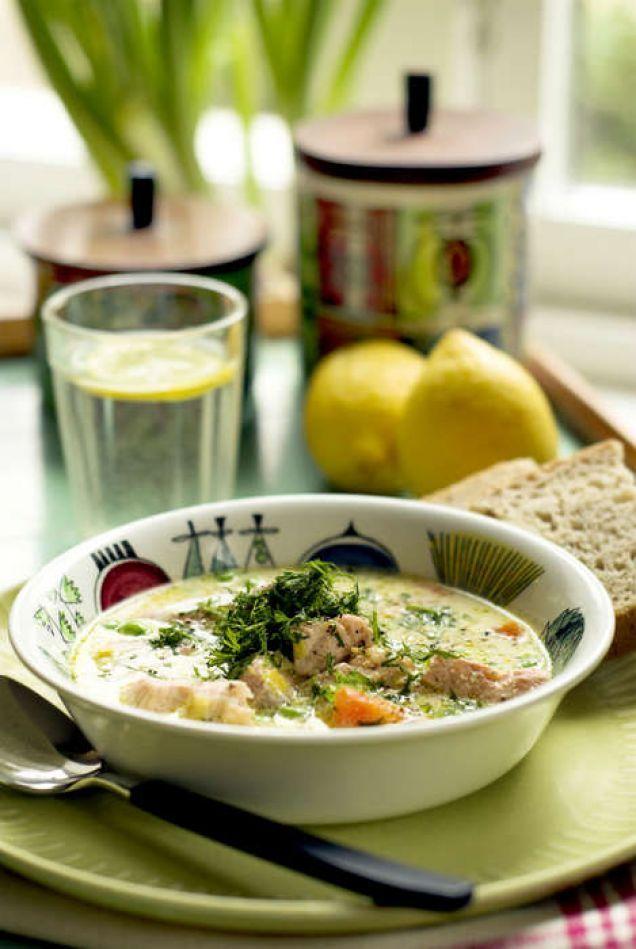 Lägg laxen i soppan och räkna till sextio, så är rätten klar.