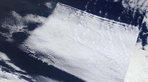 (adsbygoogle = window.adsbygoogle    []).push();   Las imágenes tomadas por la NASA y mostradas en línea han estado sorprendiendo a gente mientras ellos prueban un asalto global de la ingeniería climática en el planeta. Los materiales que son tóxicos, junto con los productos...