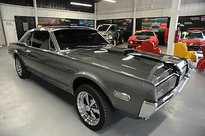 1968 Mercury Cougar ... Now I don't feel so bad being a 1969 Cougar ... DAMN if only I looked this good :-) ...