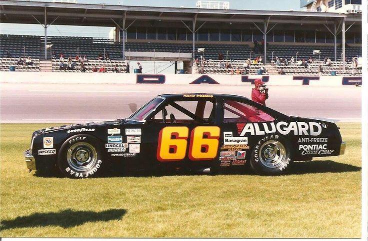 Vintage NASCAR sportsman Rusty Wallace