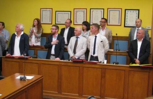 Lazio: #Colleferro gli #scricchiolii della maggioranza Sanna iniziano a fare rumore (link: http://ift.tt/2fe4eTL )